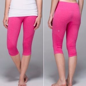 Lululemon In The Flow Seamless Pink Crop Legging
